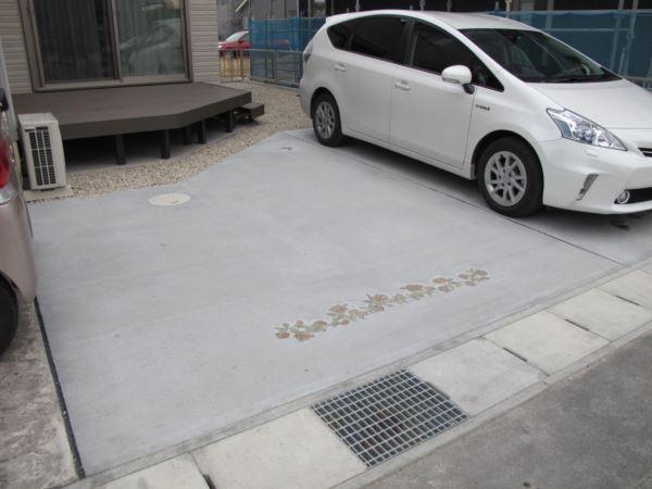 駐車場デザイン+ウッドデッキ取付での施工実例