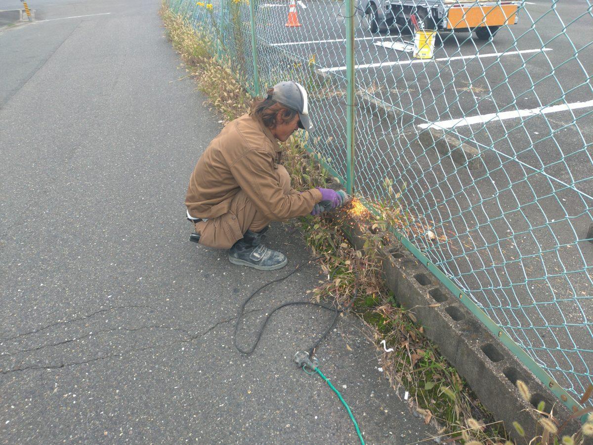 フェンス修理工事