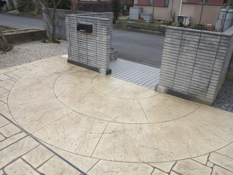 スタンプコンクリート・駐車場増設・拡張・整備の施工事例を追加しました。