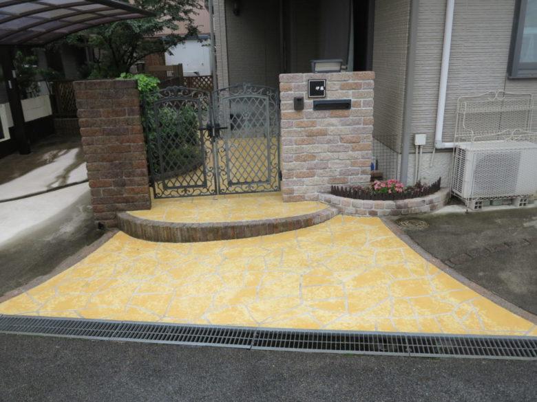 樹脂舗装の剥がれが塗装で解決、豪華におしゃれ可能な施工例